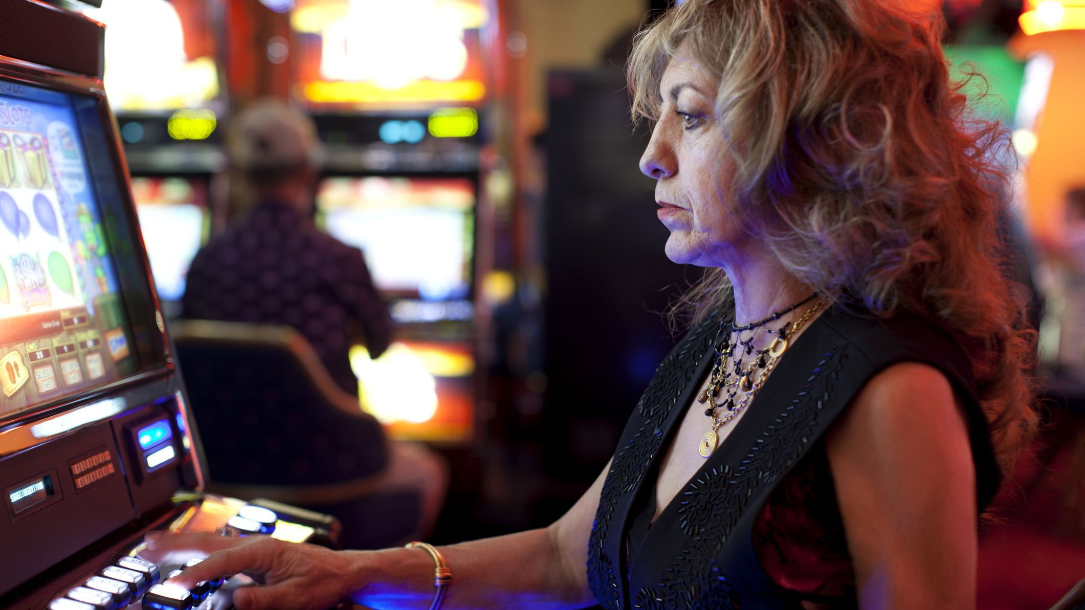 Social media, video games and slot machines: the psychology of addiction